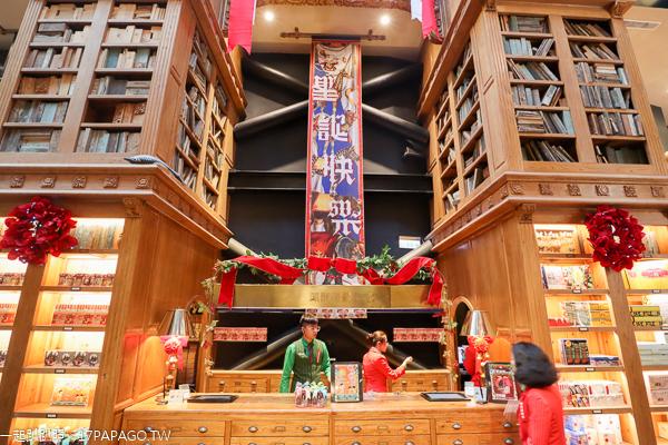 2019宮原眼科聖誕節佈置|穈鹿高唱聖誕歌|花鹿空中跑