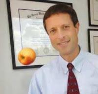 الدكتور نيل بيرنارد والاغذية الواقية من السرطان