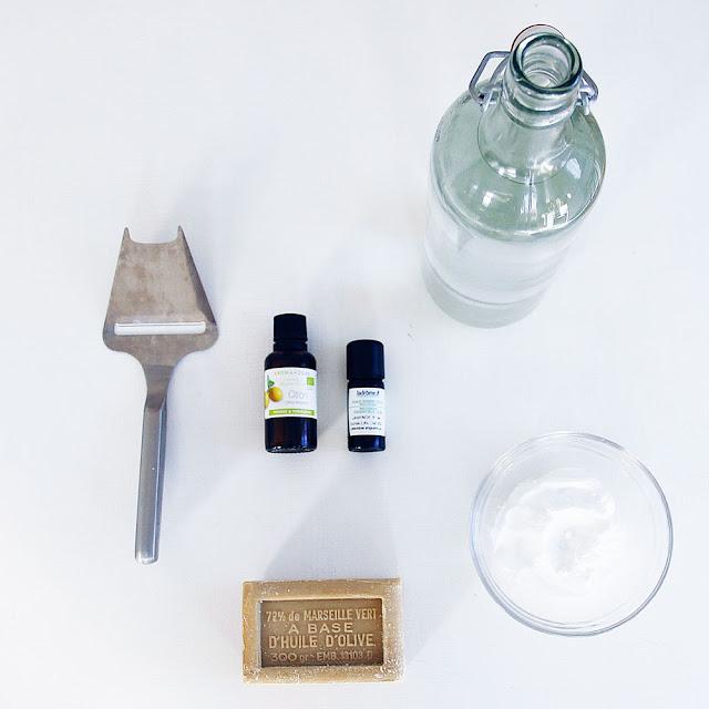 merci raoul diy lessive et adoucissant faits maison naturels et qui lavent ultra faciles. Black Bedroom Furniture Sets. Home Design Ideas
