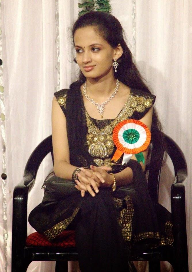 marathi actress hot images free download