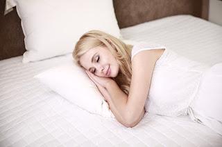 8 makanan yang dapat membantu tidur