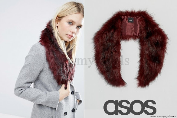 Kate Middleton ASOS Faux Fur Mini Slot Through Collar