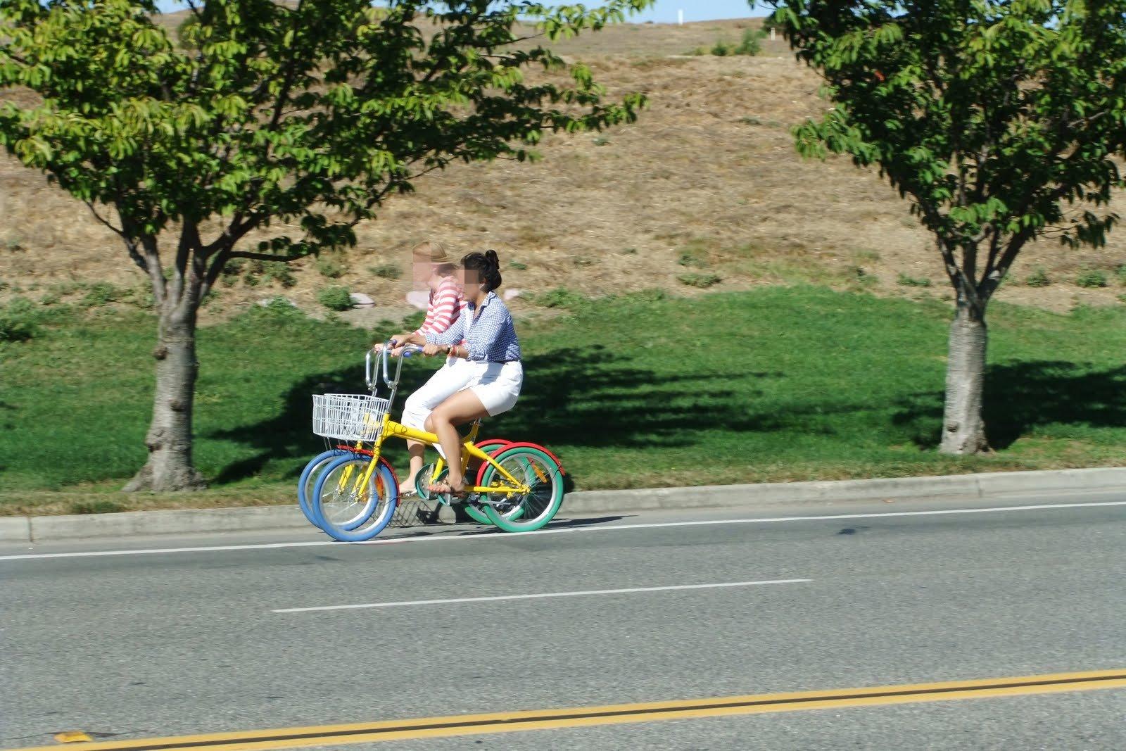 google-color-bycicle シリコンバレーのグーグル自転車