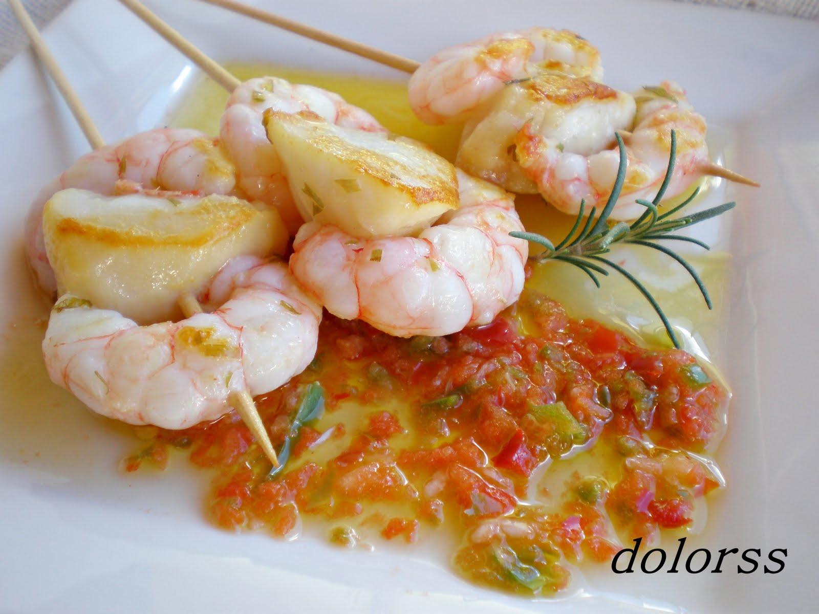 Blog de cuina de la dolorss pinchos de gambas y vieira al - Brocheta de langostinos y bacon ...