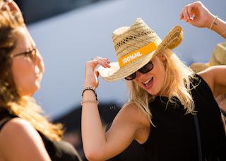 100% NL groeit fors bij vrouwen en passeert NPO 3FM