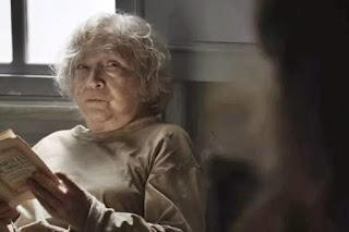 O Outro Lado do Paraíso Beatriz não morreu e vai voltar para ajudar Clara