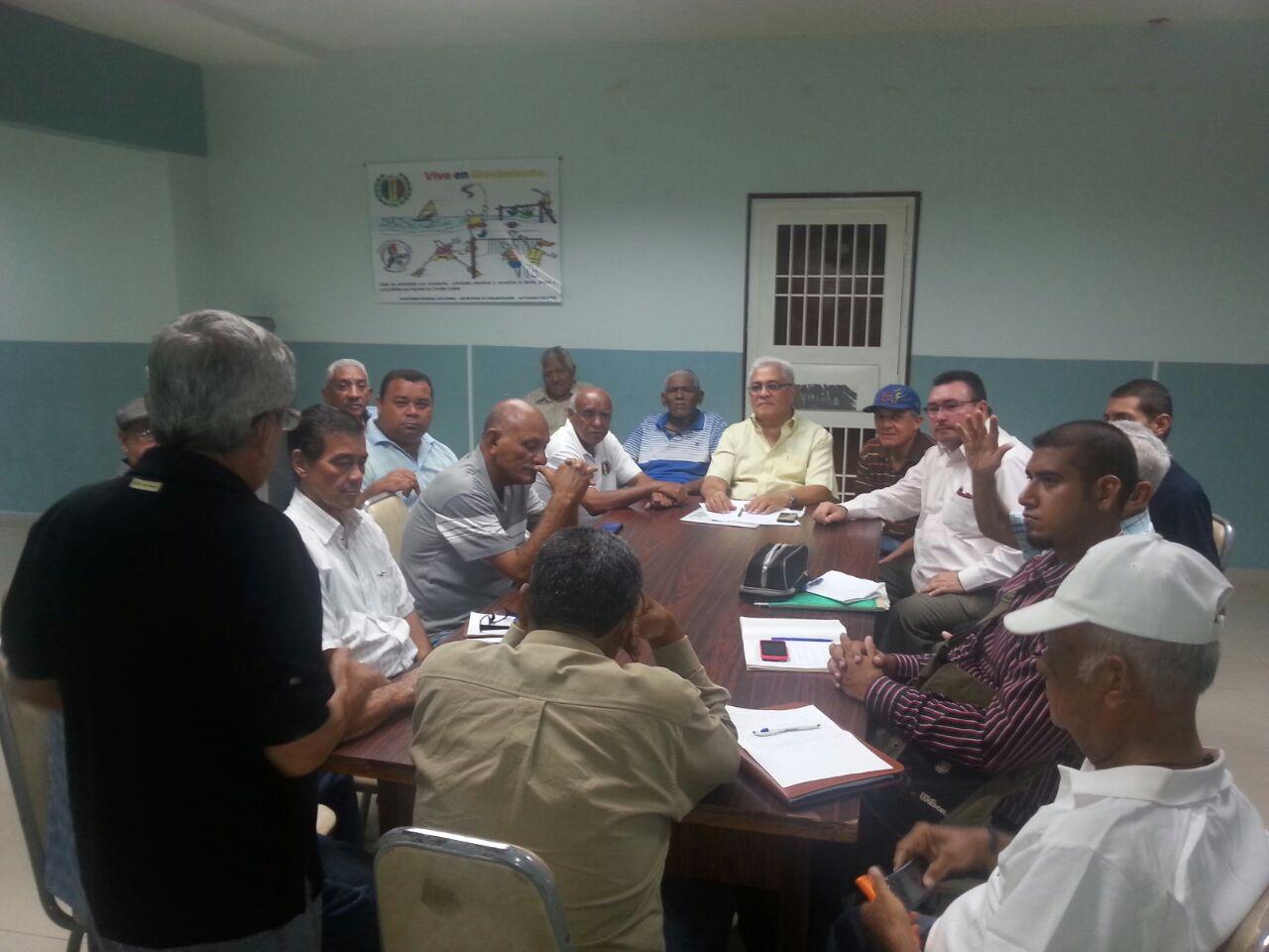 Secretar a sindical nacional ad bur sindical de zulia en for Buro reunion
