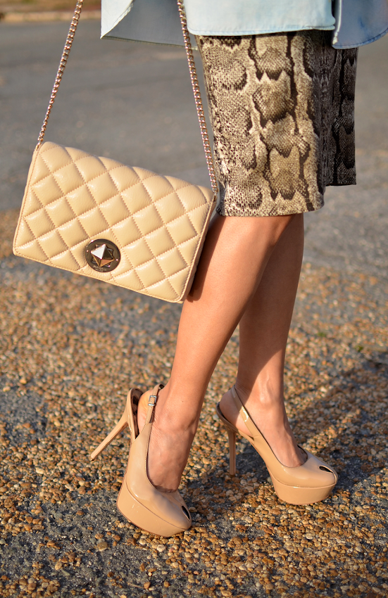What to wear with snake print