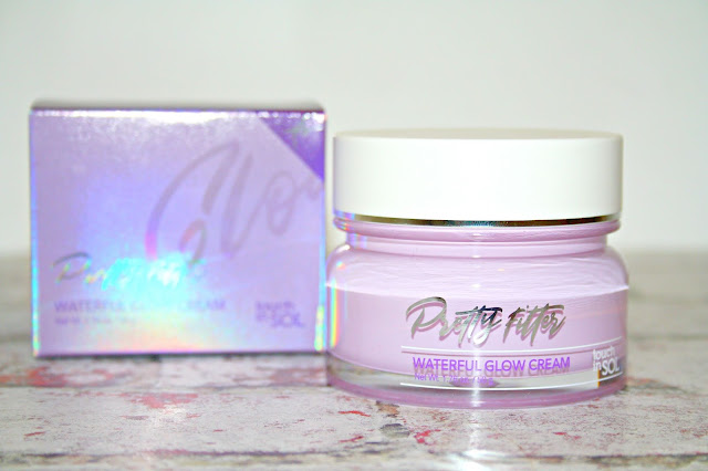 touch in SOL Pretty Filter Waterful Glow Cream