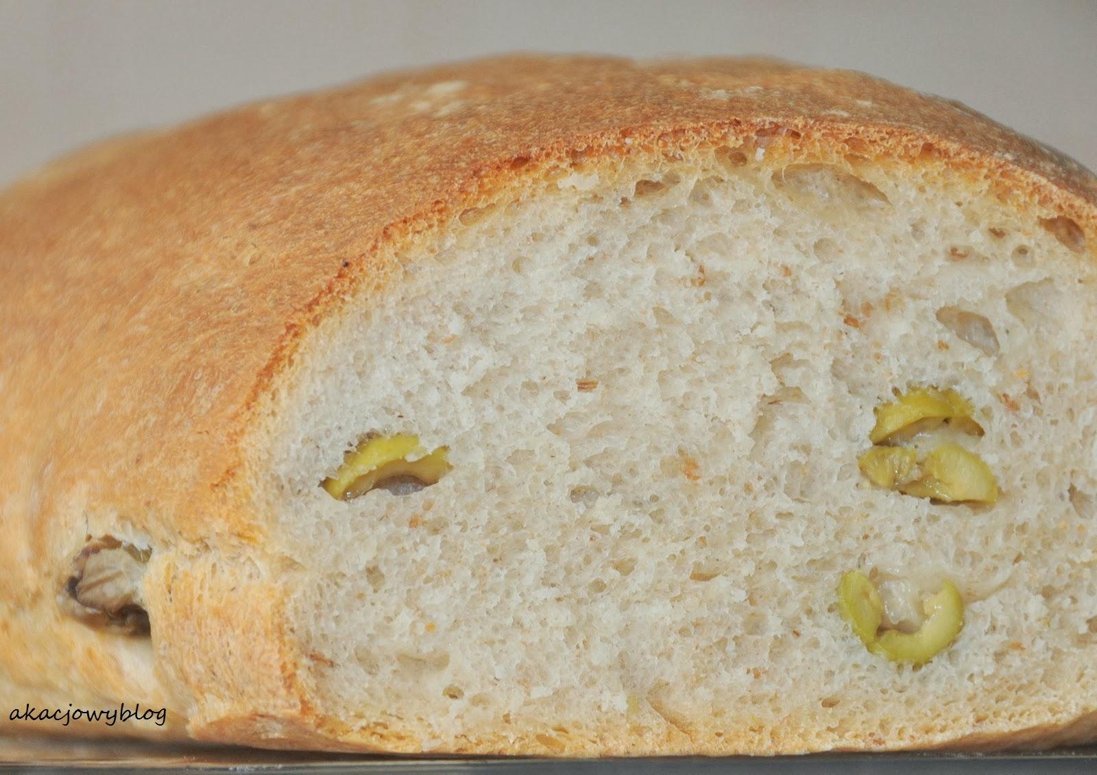 Pszenny chleb oliwkowy na zakwasie.