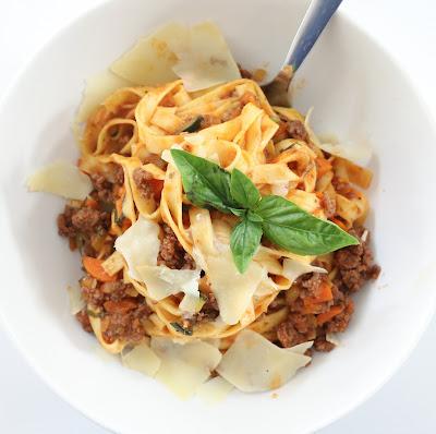 http://kailochic.blogspot.com/2015/08/cook-it-pasta-bolognese.html