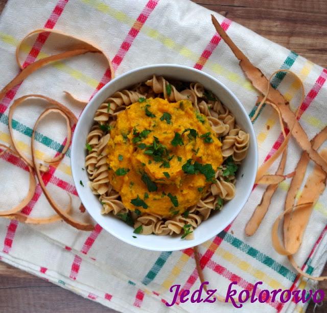 sos z pieczonych batatów do makaronu - dieta antyhistaminowa, nietolerancja histaminy