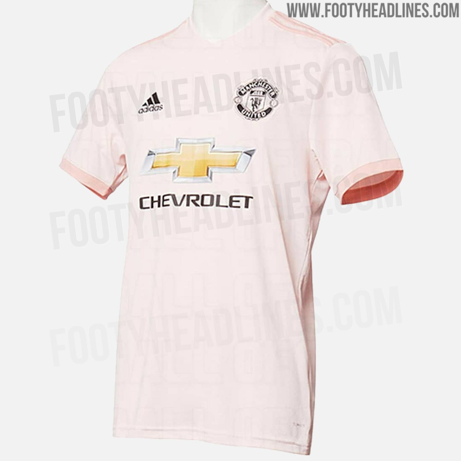 419e2d2ea Update  A new picture of the Manchester United 18-19 away kit has been  leaked. It shows the home and away kits.