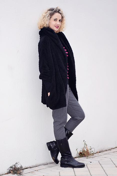 Outfit-abrigo-negro-capucha-7