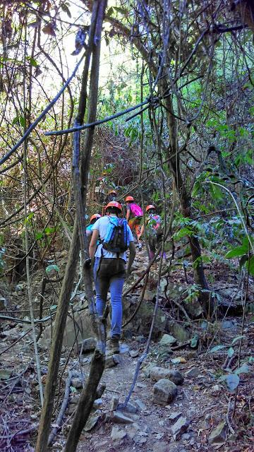 caminhada trekking buraco das araras formosa goias