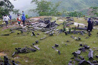 Situs Gunung  Padang adalah Kuil Piramida  Kuno Unik yang besar