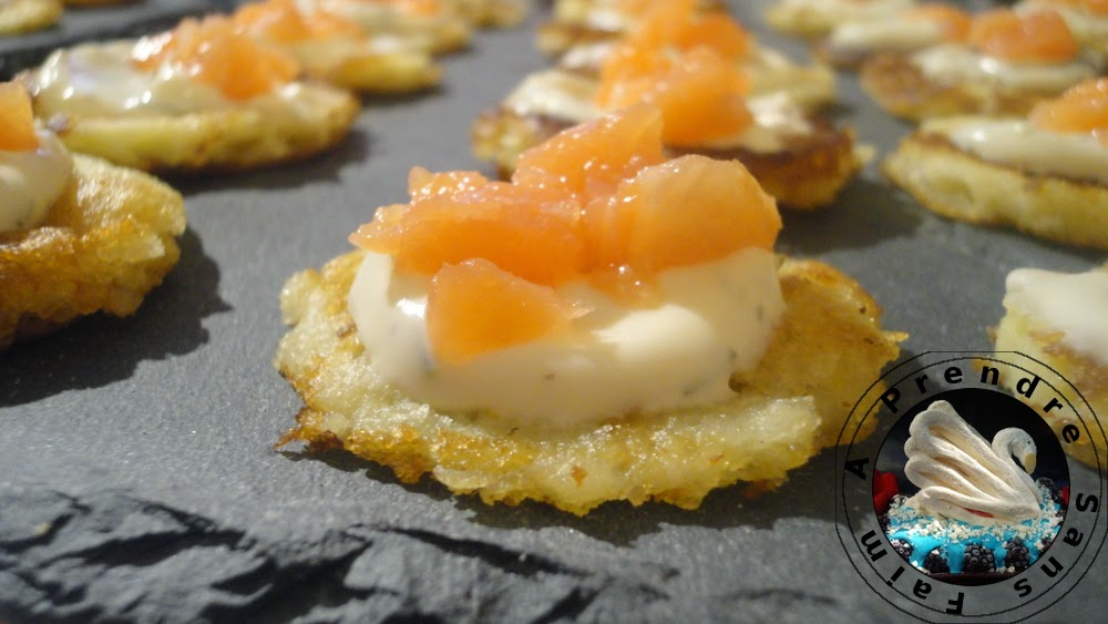 Blinis au saumon fumé (pas à pas en photos)