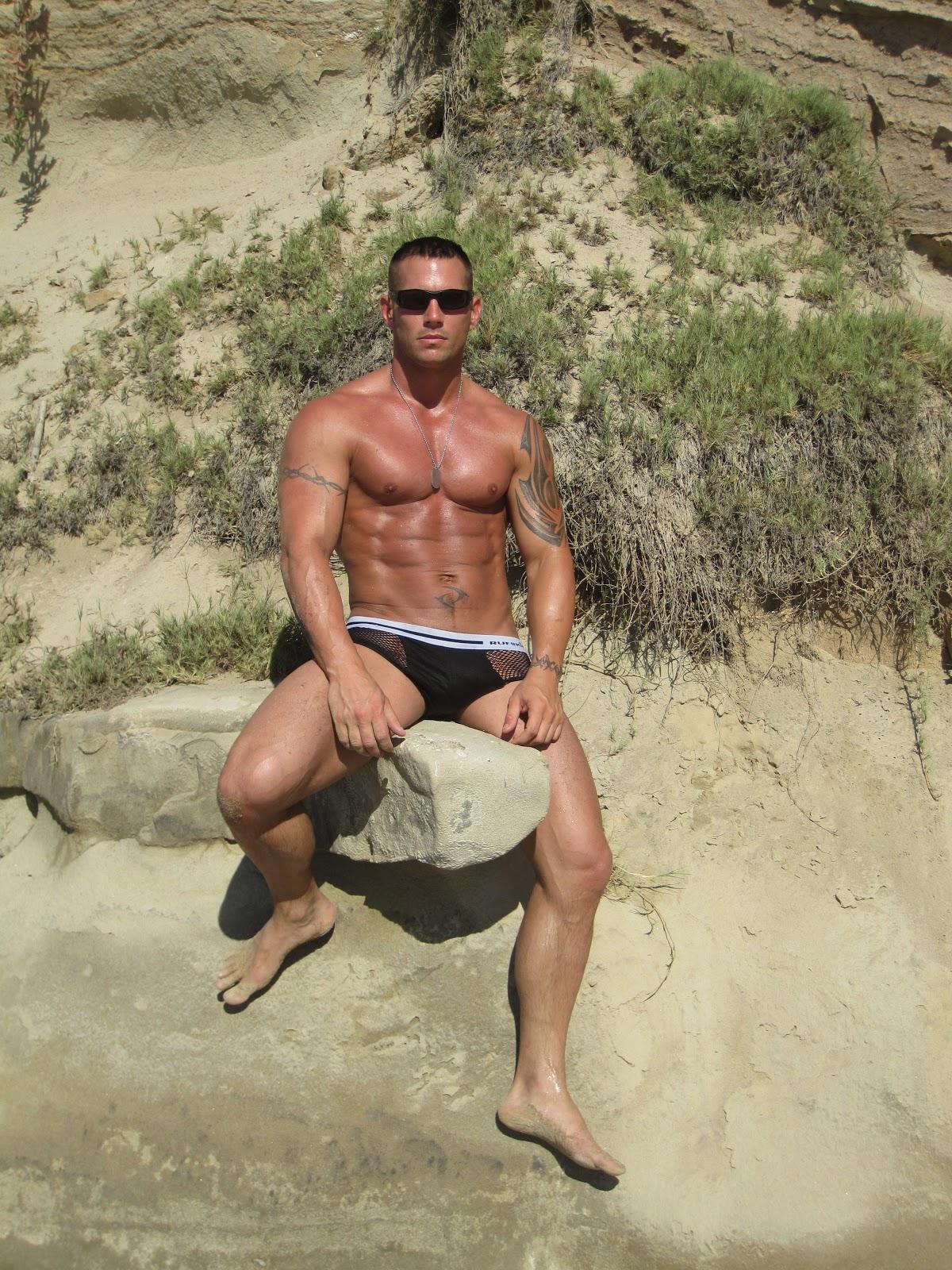Straight Jock Feet: Super Cute Men with Great Feet