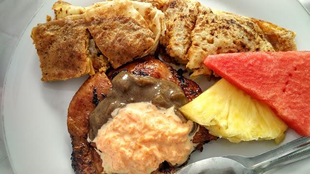 Kuliner Syar'i: Grilled Chicken Chop dan Martabak Kari Spesial GH Corner