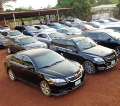 EFCC arrests 37 Yahoo boys, seizes 25 exotic cars in Imo state - Photos