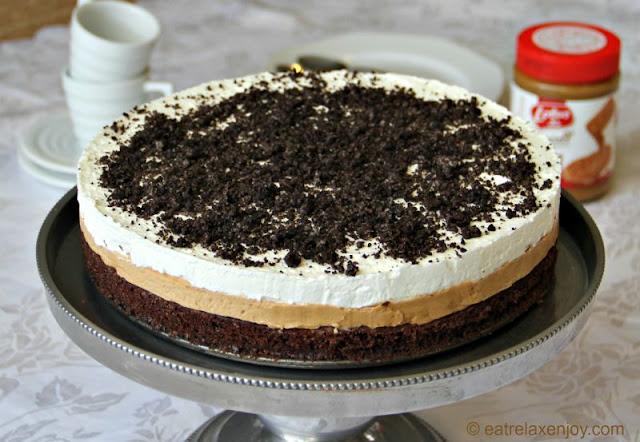 עוגת מוס בראוניז לוטוס