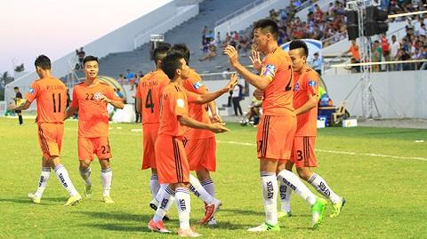 Đội bóng Đà Nẵng trước trận đấu gặp Than Quảng Ninh