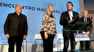 """La pronta revelación de los aportes de la brasileña Odebrecht a las campañas electorales terminará de sepultar el Frente UNA. De la Sota ya avisó que no será candidato este año y se guardó en Córdoba, donde el tema de las coimas y aportes electorales ya generó un escándalo político. Y la alianza """"1País"""" de Massa con Stolbizer podría verse muy golpeada dado que ambos fueron financiados parcialmente por dinero la constructora en 2015."""