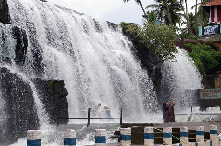 photos of best water falls in tamilnadu