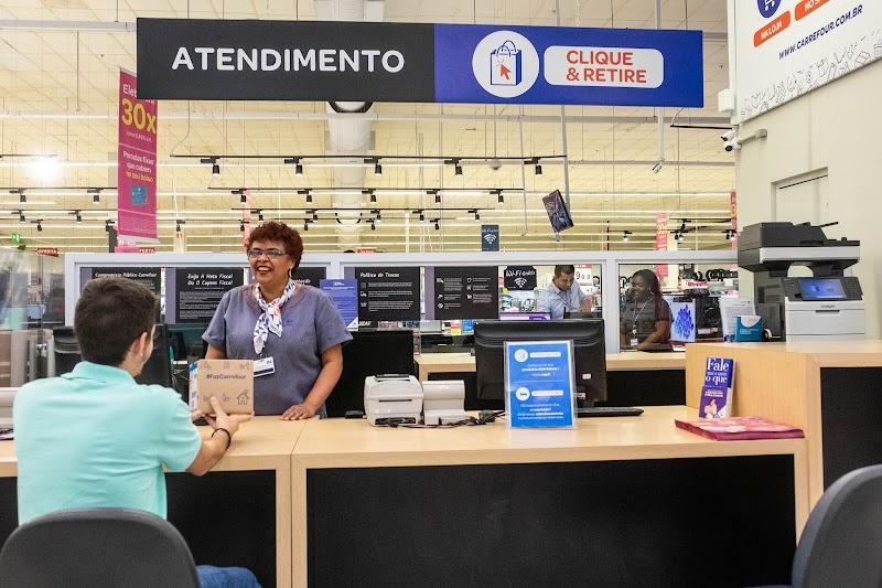 Carrefour lança no Brasil serviço de retirada de compras de alimentos do e-commerce em loja física