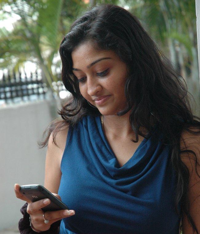 INDIAN ACTRESS: Tamil TV Actress Neelima Rani Boobs And