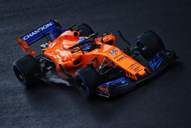 Fernando Alonso diz que resultado de Ricciardo na China é uma boa motivação para a McLaren