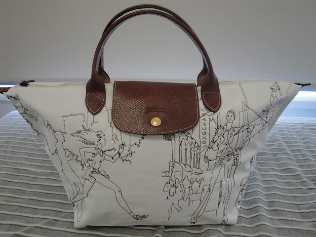 4f93b5344c95 Daphne s Bag Treasures  Longchamp New York City Girls Limited Edition