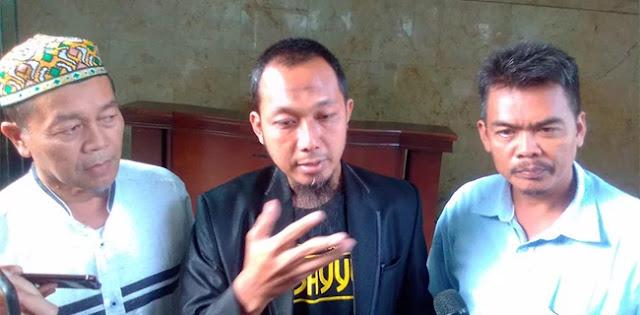 Petani Bawang Adukan Guntur Romli ke Polisi: Harus Masuk Penjara!