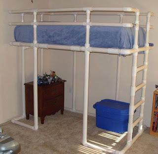 cama alta para niños con tubos pvc