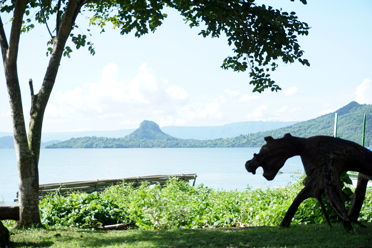 a view of the taal lake from kapusod