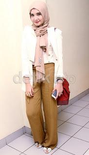 Model Baju Muslim Karya Zaskia Sungkar Terbaru