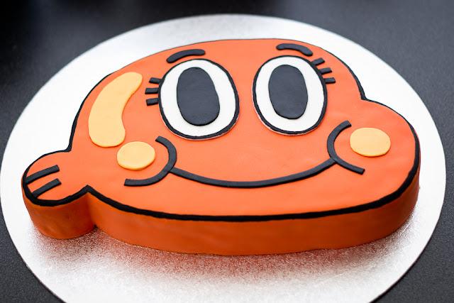 """tarta de fondant de Darwin de """"El Asombroso mundo de Gumball"""""""