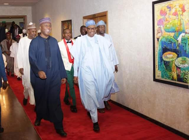 Photos: Buhari, Saraki, Atiku, Tinubu & others at presidential dinner party