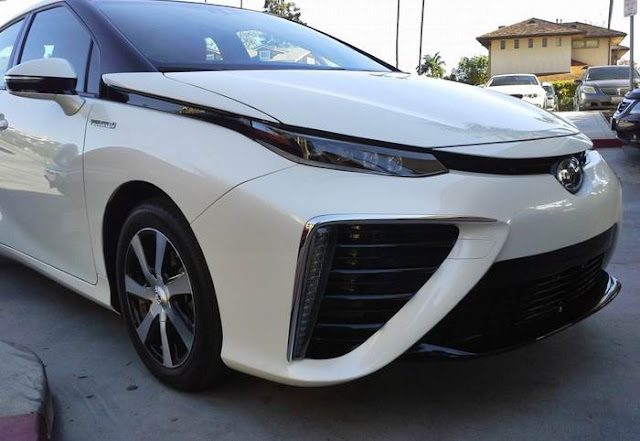 2017 Toyota Mirai News and Price