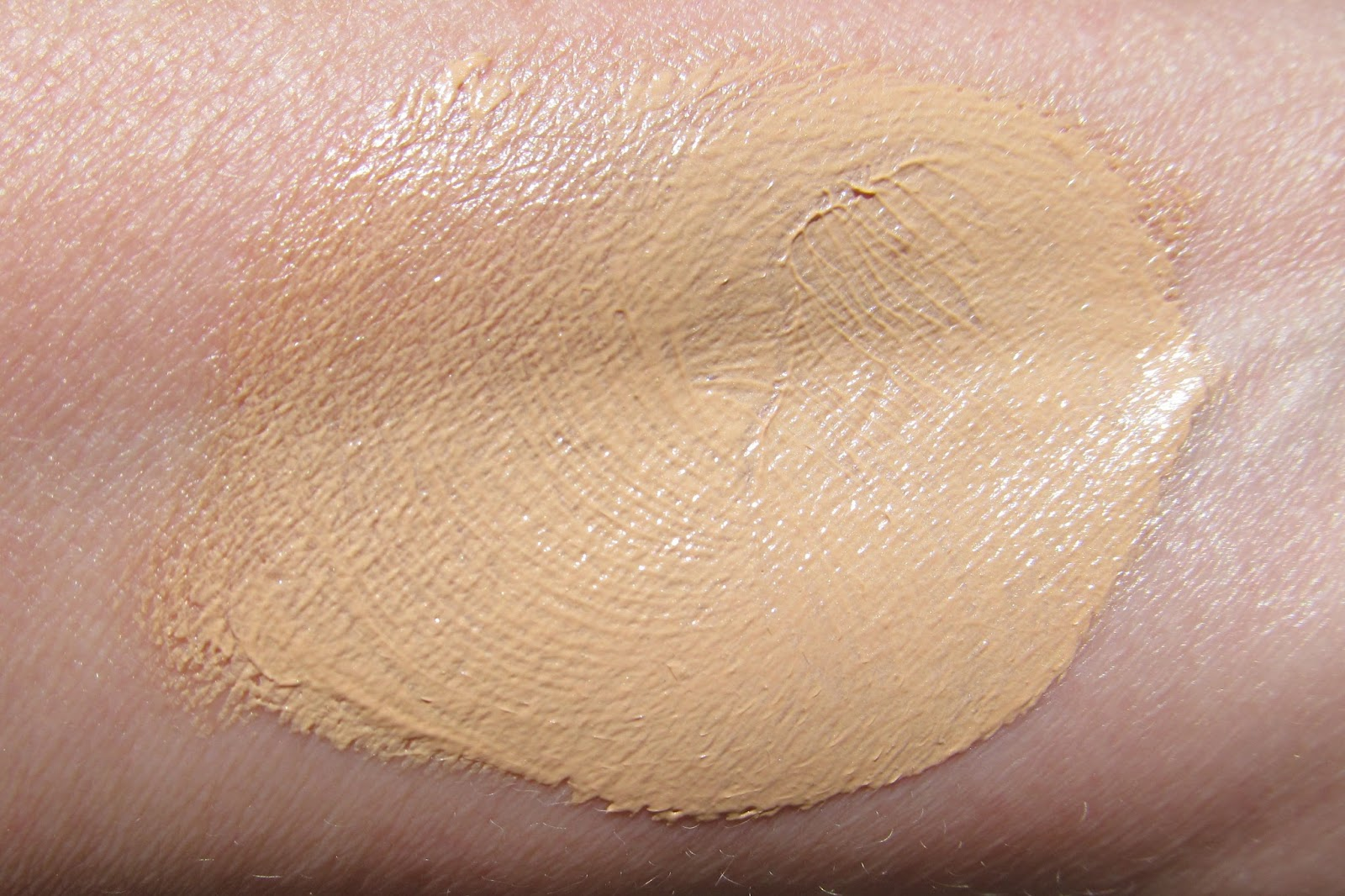 Ultra Repair Tinted Moisturizer by First Aid Beauty #10