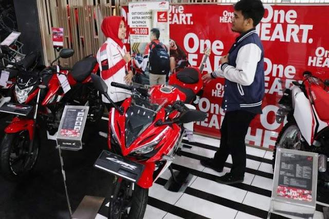 Honda CBR150R Pimpin Segmen Sport fairing semester 1 tahun 2018