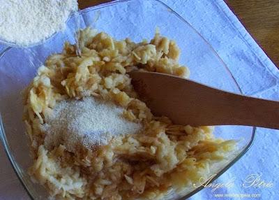 Preparare prajitura cu mere-etapa9