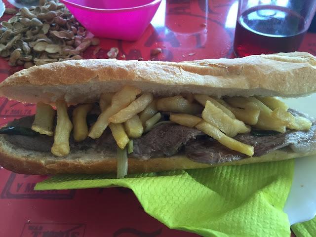 Bocadillo de carne de caballo de la cooperativa de Mareny de Barraquetes