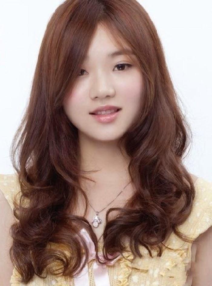 Model Rambut Bagi Wanita Yang Sesuai Bentuk Wajah - Gaya ...