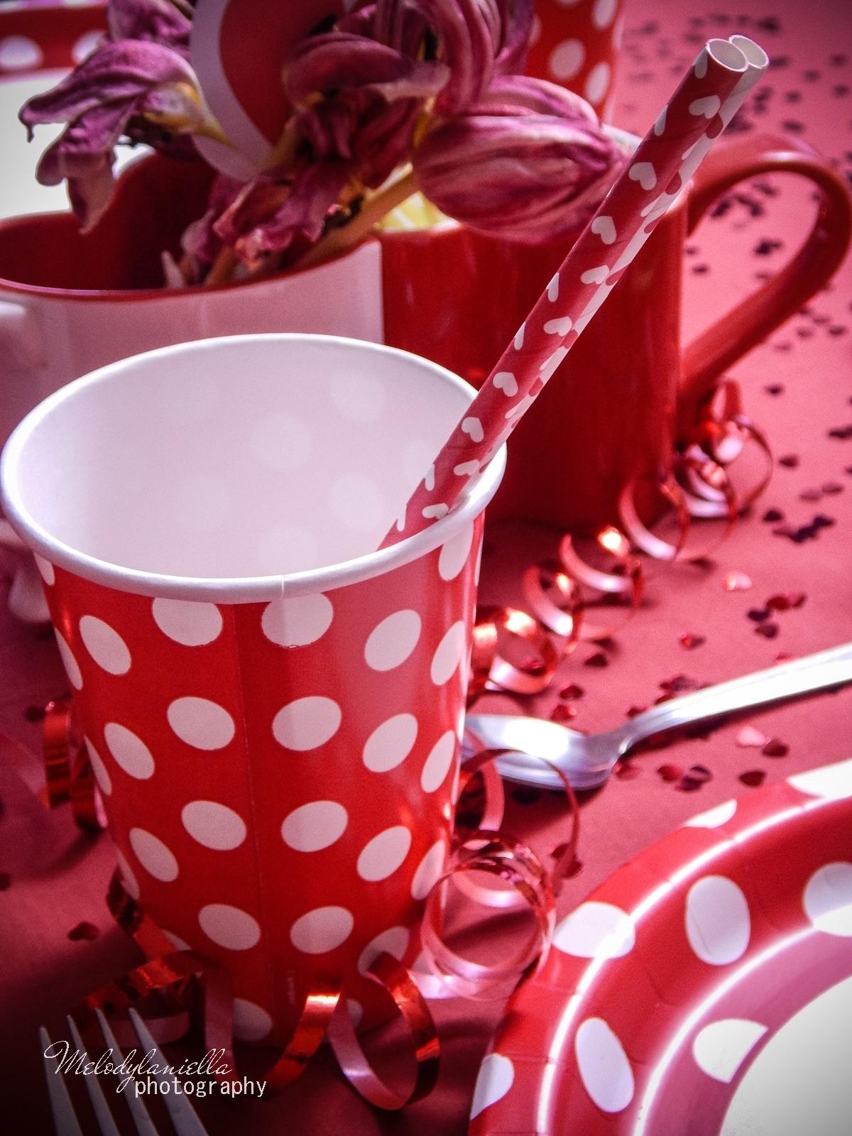 15 jak udekorować stół na walentynki walentynkowa kolacja pomysły na walentynkowe prezenty walentynkowe dekoracje home interior valentines blog melodylaniella partybox red prezent dla niej