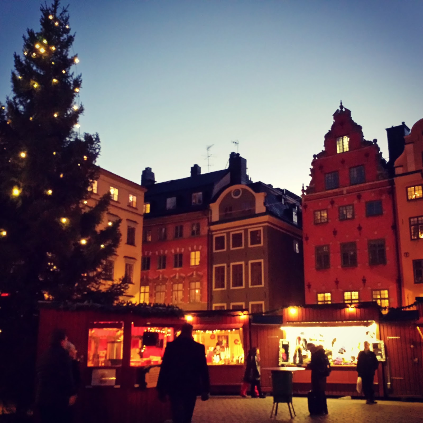 Chrismas market / Julmarknad in Old Town / Gamla Stan in Stockholm  |  Christmas in Stockholm on afeathery*nest  |  http://afeatherynest.com