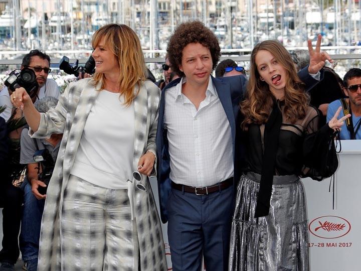 Gana película mexicana 'Las hijas de abril' premio en Cannes