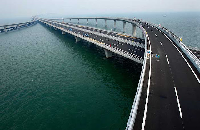 China inaugura maior ponte do mundo