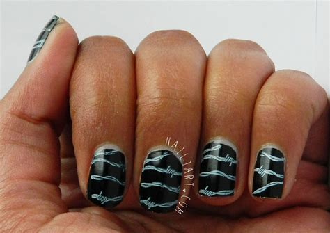 100+ Elegant Black Nail Art Designs