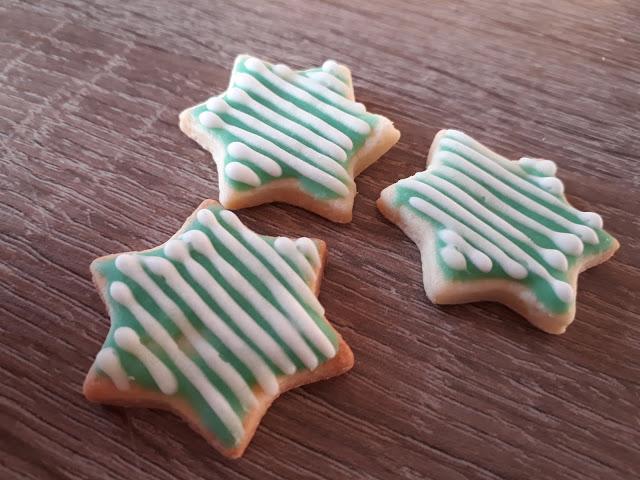 Keks der Woche: Stern/Sternchen in Mint/Grün mit Royal Icing
